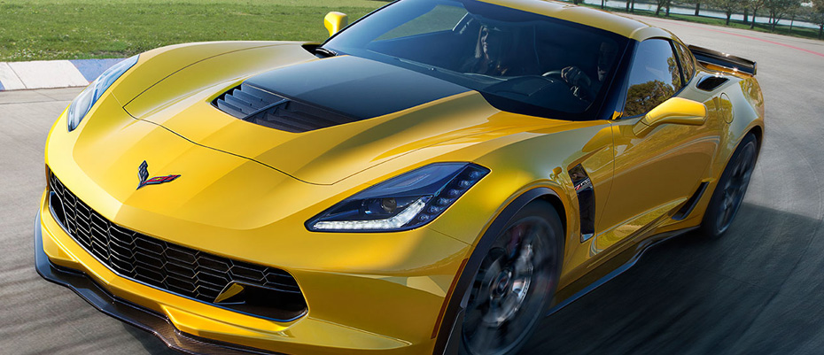 2015-Chevrolet-Corvette-Stingray-Z06-Front