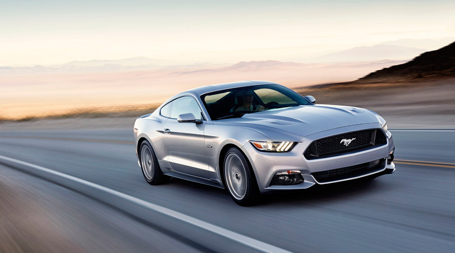2015-Ford-Mustang-GT-Front
