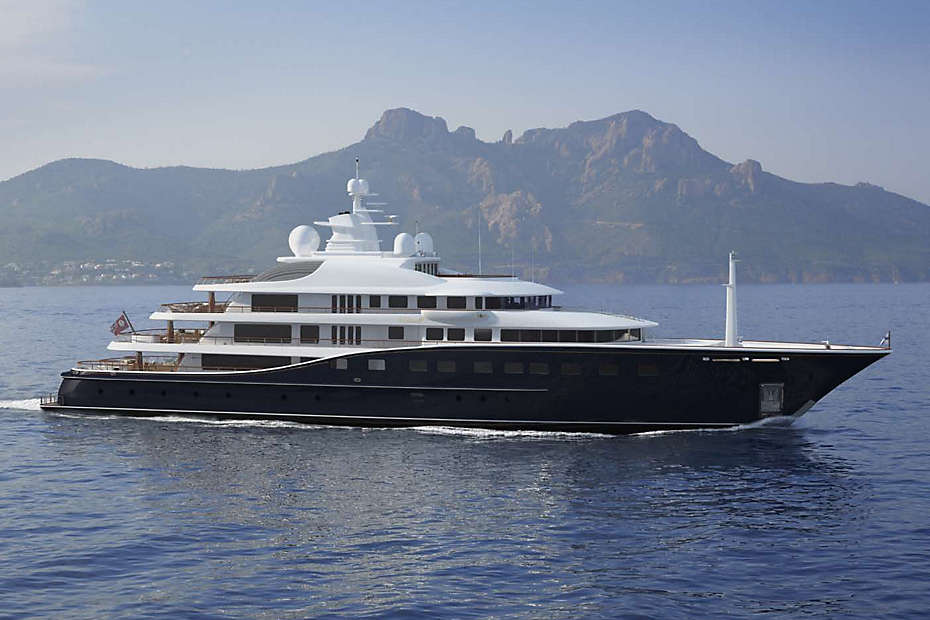 Superyacht 1