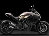 2015-Limited-Edition-Ducati-Diavel-Titanium-1
