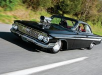 1961-chevrolet-impala-side-view-1