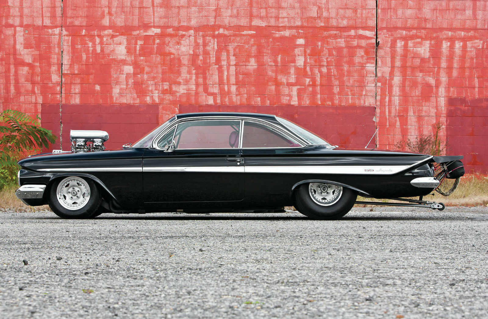 1961-chevrolet-impala-side-view
