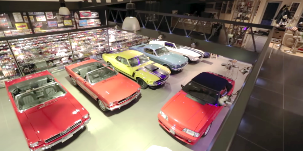 5,500 Mustangs
