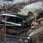1970_Dodge_Super_Bee_junkyard