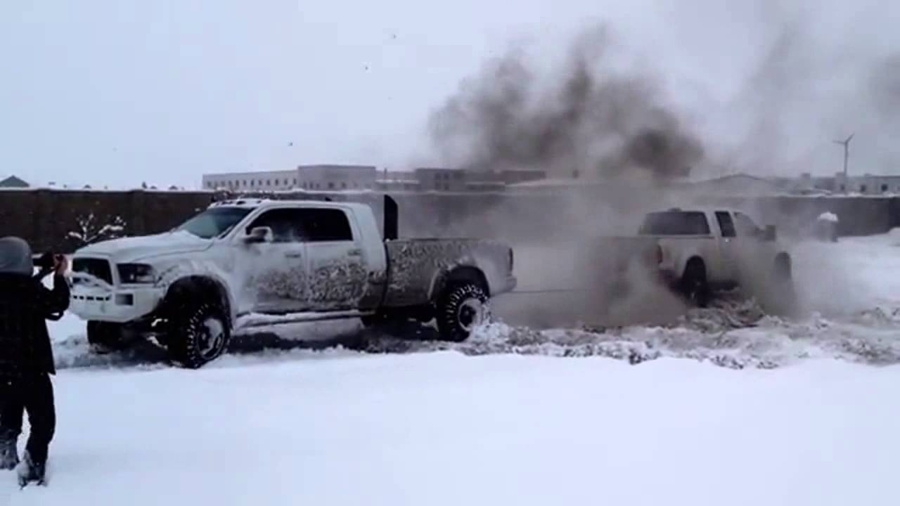 Tug Of War Ford F350 Vs Dodge 3500 Muscle Horsepower