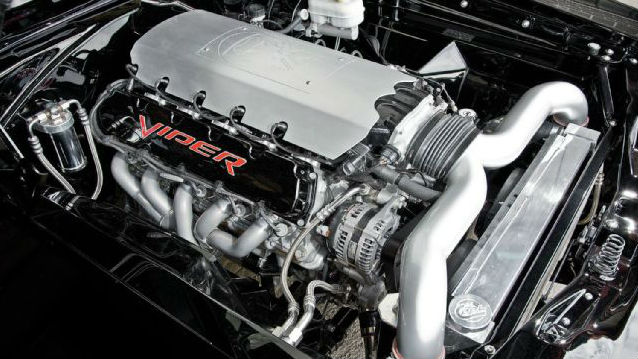 1969-dodge-charger-r-t-v10-engine