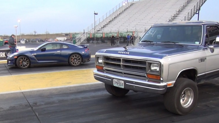 1988 Dodge Ram KILLS A 650hp GT-R