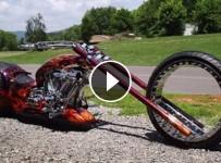 Hubless Chopper, (The Hubless Monster)