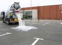 thirsty-concrete-soaks-up-1000-gallons-of-water-a-minute-will-blow-your-mind