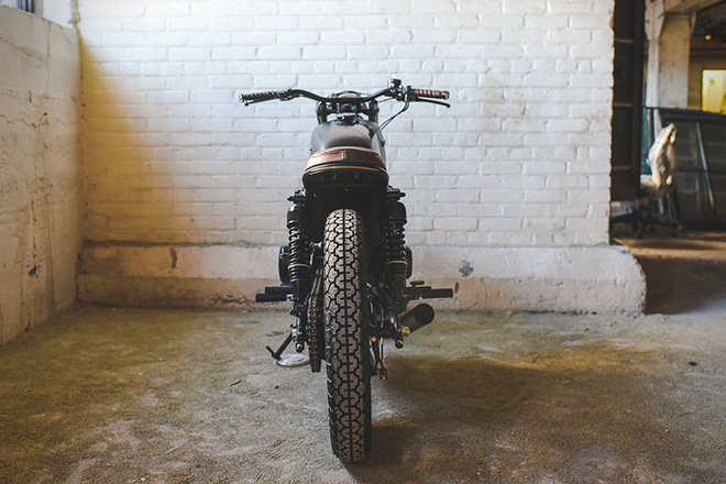 Honda-CB550-Fade-to-Black-by-Federal-Moto-7