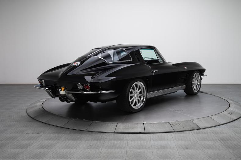 1963-Chevrolet-Corvette_297348_low_res