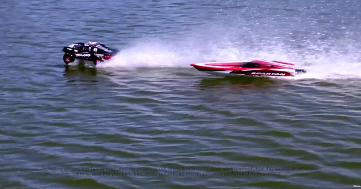 Slash Hydroplane vs. Spartan Who Wins