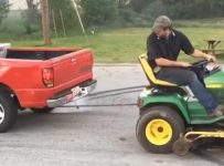 ford-vs-lawn-tractor-01