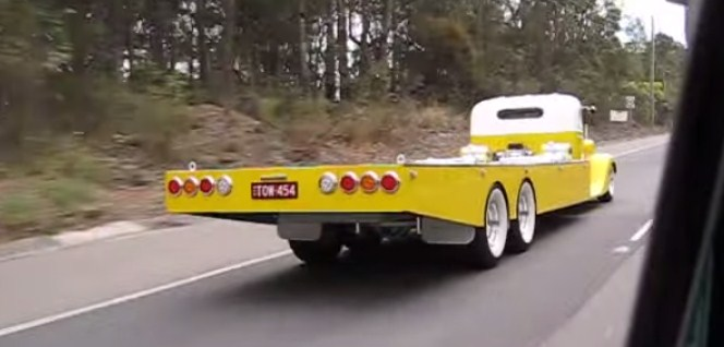 The-Coolest-Tow-Truck-In-The-World