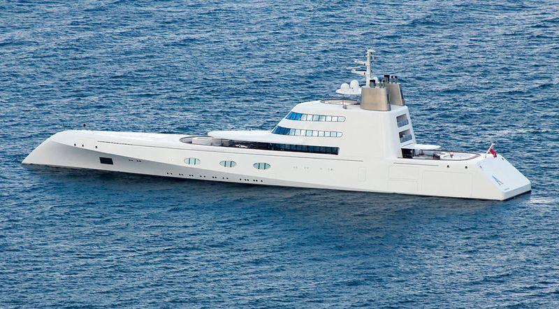 huge-yacht