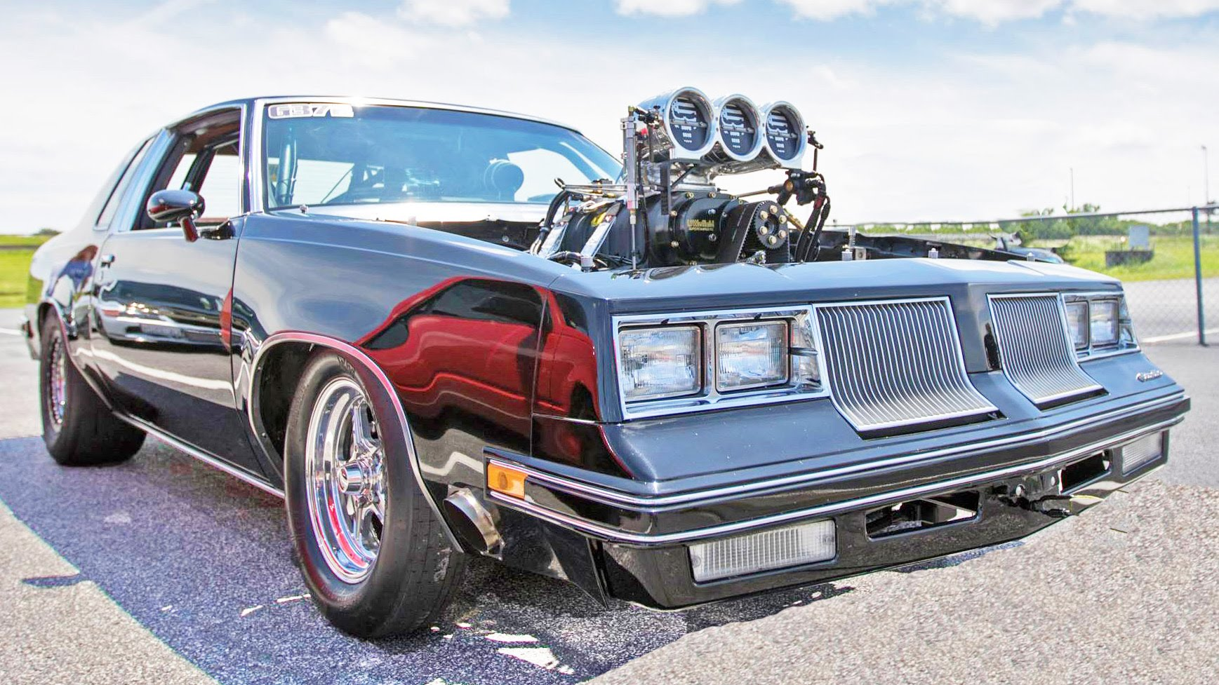 1650-hp-blown-cutlass-is-a-proper-drag-racing-monster