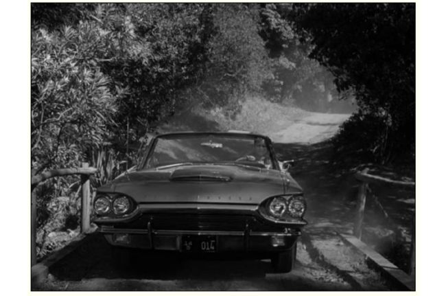 005-trump-threatens-35-percent-tax-on-ford-1964-t-bird
