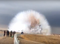 Terrifying Car Bomb Shockwave caught on video !