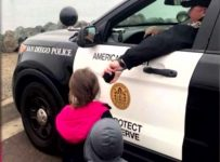 Cop Lets Kids Use Patrol Car Speakers To Say Bye To Dad As His Navy Ship Leaves!