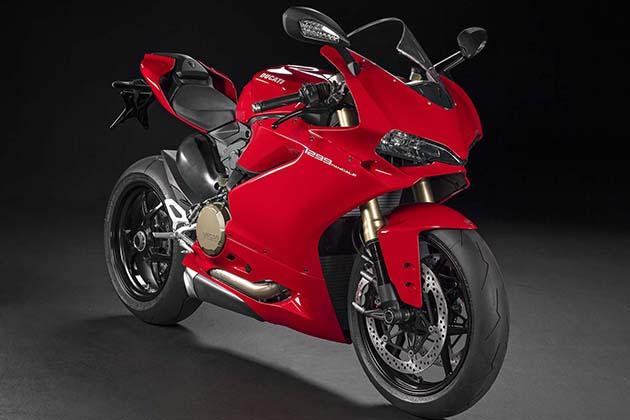 2015-Ducati-1299-Panigale-Superbike-2