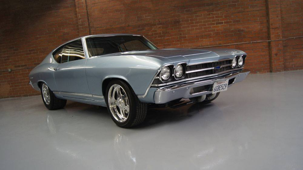 Beautiful-1969-Chevelle-with-1800-HP-Street-Test