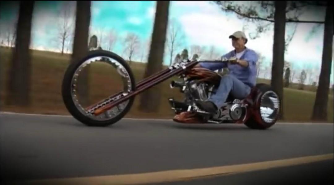 Hubless Chopper, (The Hubless Monster