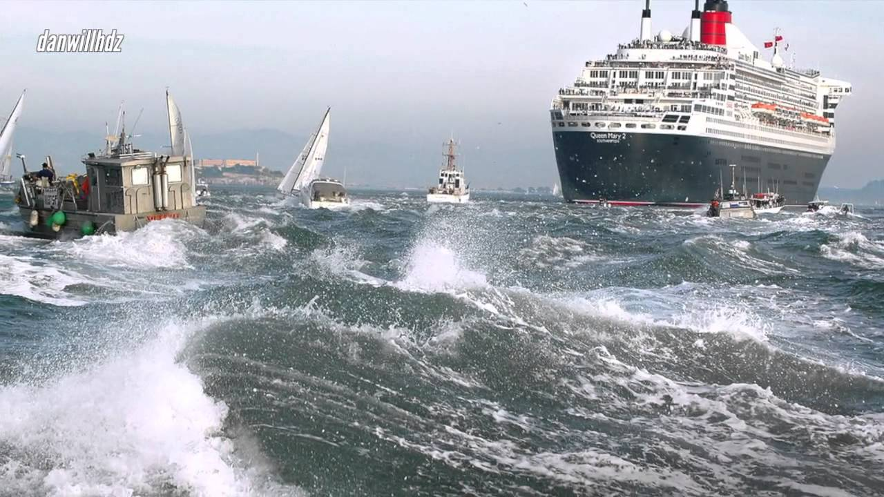 10-top-ships-in-storm-incredible