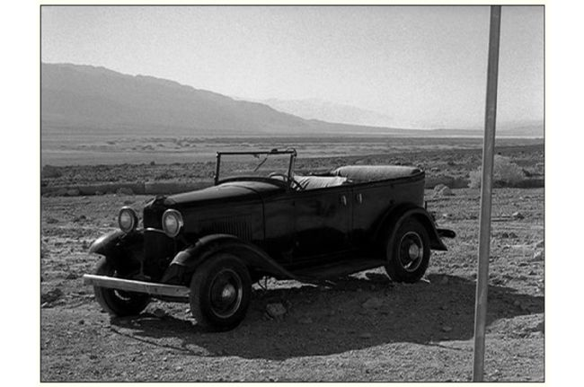 004-trump-threatens-35-percent-tax-on-ford-1932-phaeton